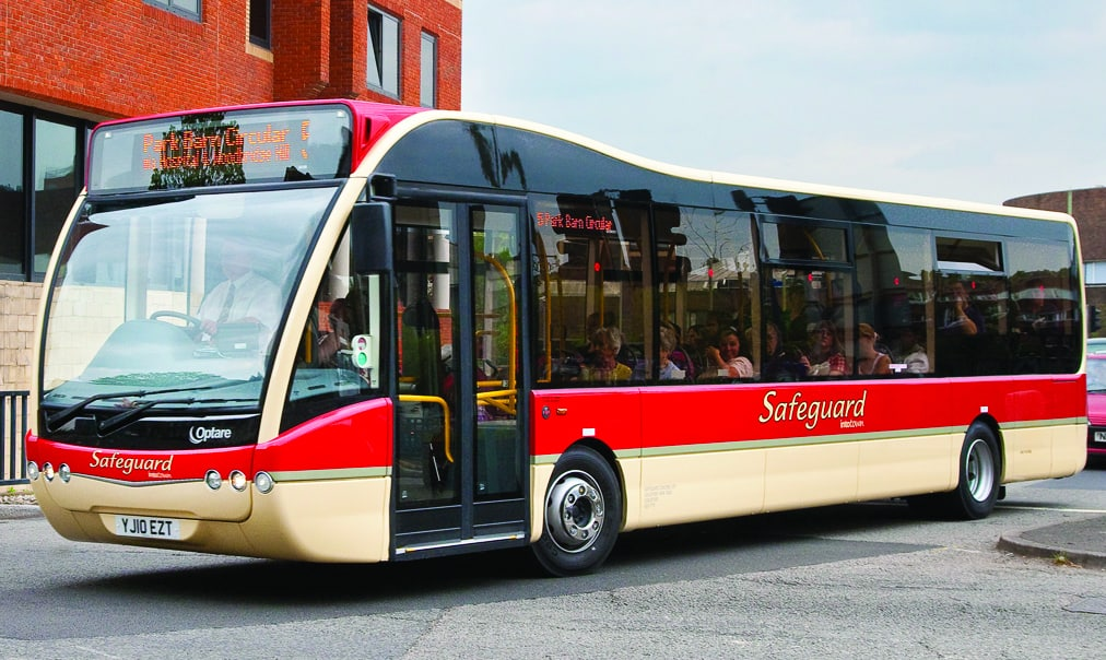 Safeguard Coaches Takes Home Gold At UK Bus Awards 2015